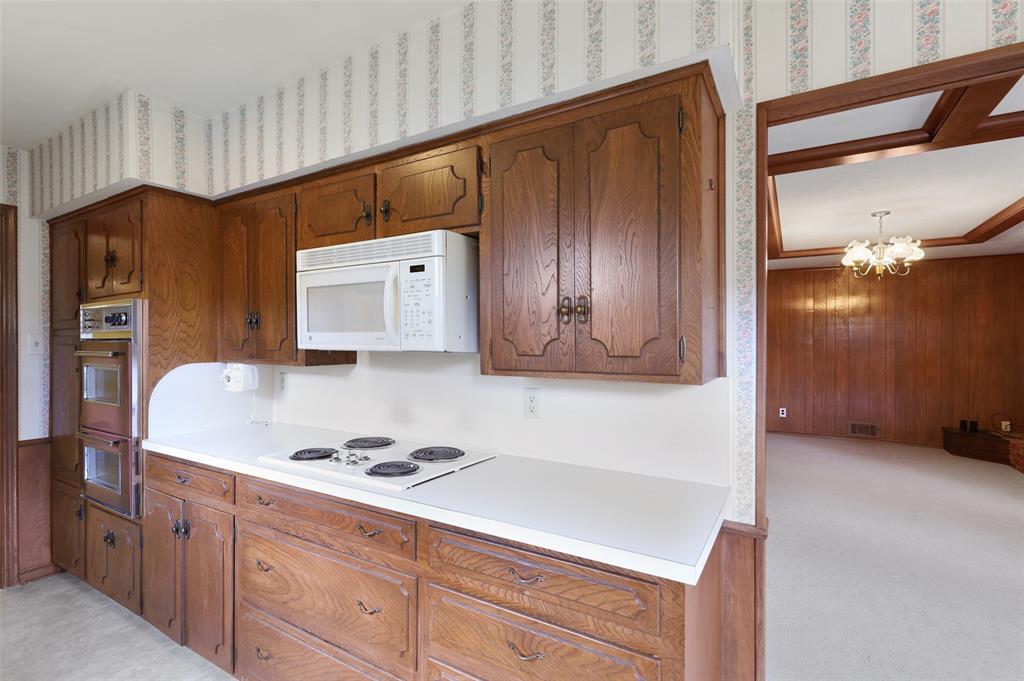9525 Brentgate  Drive, Dallas, Texas 75238 - acquisto real estate best listing listing agent in texas shana acquisto rich person realtor