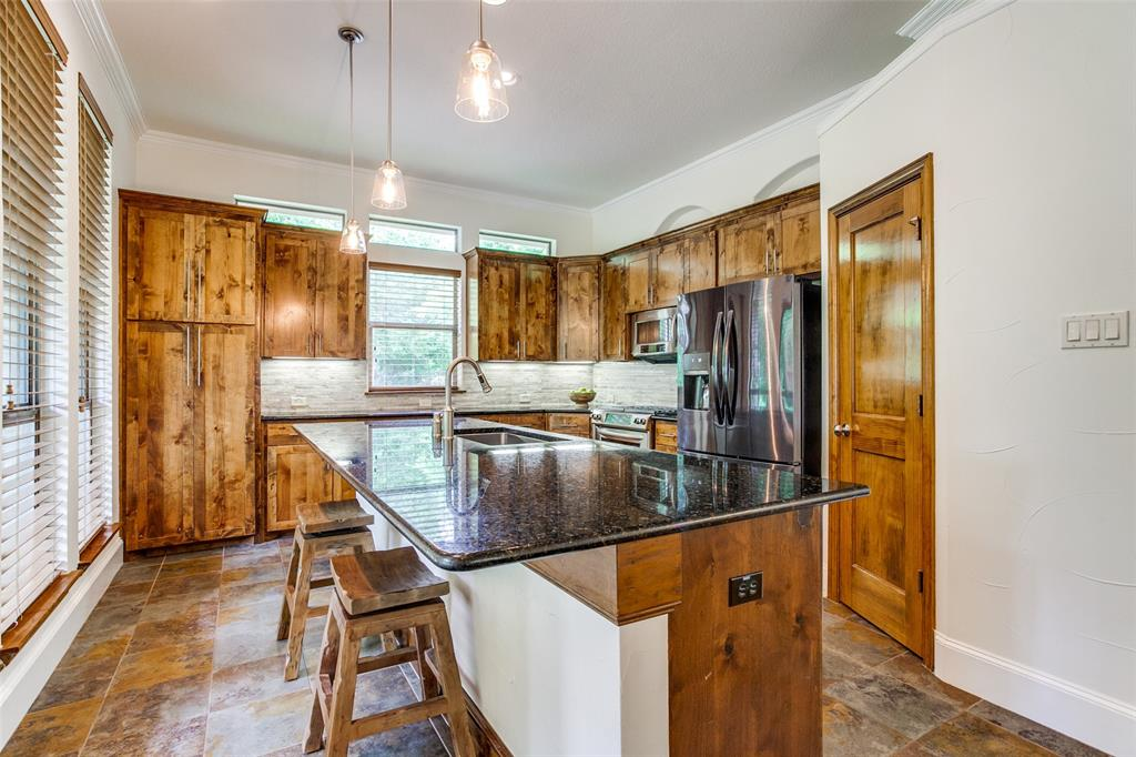 8440 Drop Tine  Drive, Fort Worth, Texas 76126 - acquisto real estate best real estate company to work for