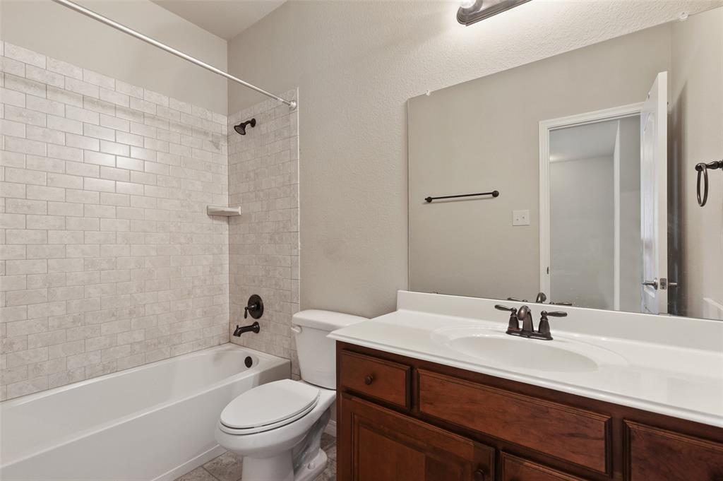 4293 Kiowa  Drive, Carrollton, Texas 75010 - acquisto real estate best style realtor kim miller best real estate reviews dfw