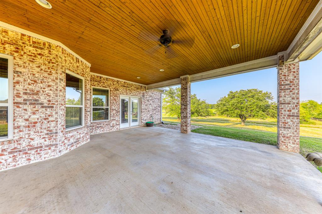 107 Chappel Hill  Court, Weatherford, Texas 76088 - acquisto real estaet best boutique real estate firm in texas for high net worth sellers