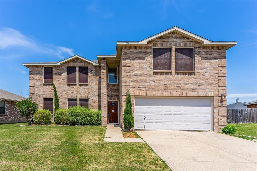 1504 Daisy  Lane, Burleson, Texas 76028 - Acquisto Real Estate best plano realtor mike Shepherd home owners association expert