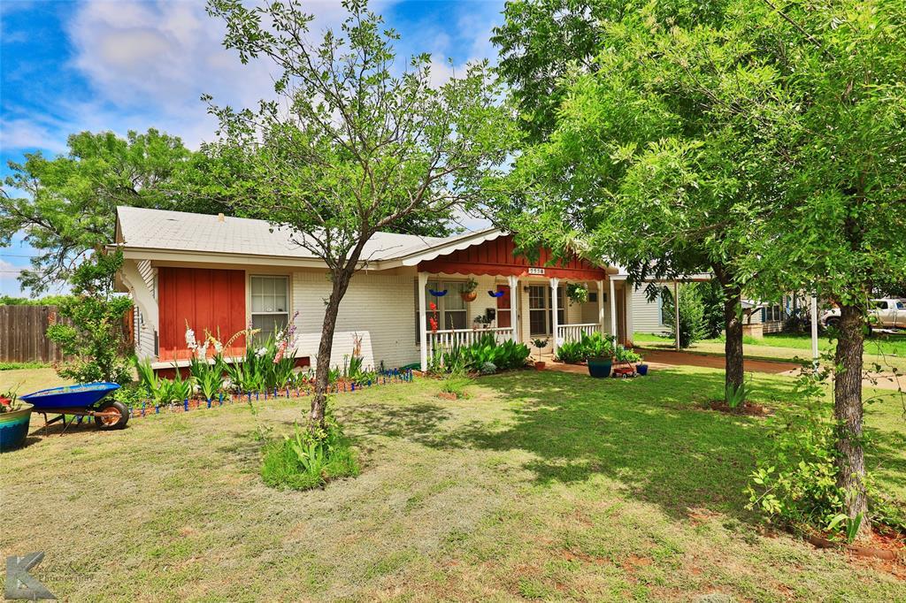2558 Minter  Lane, Abilene, Texas 79603 - acquisto real estate best park cities realtor kim miller best staging agent