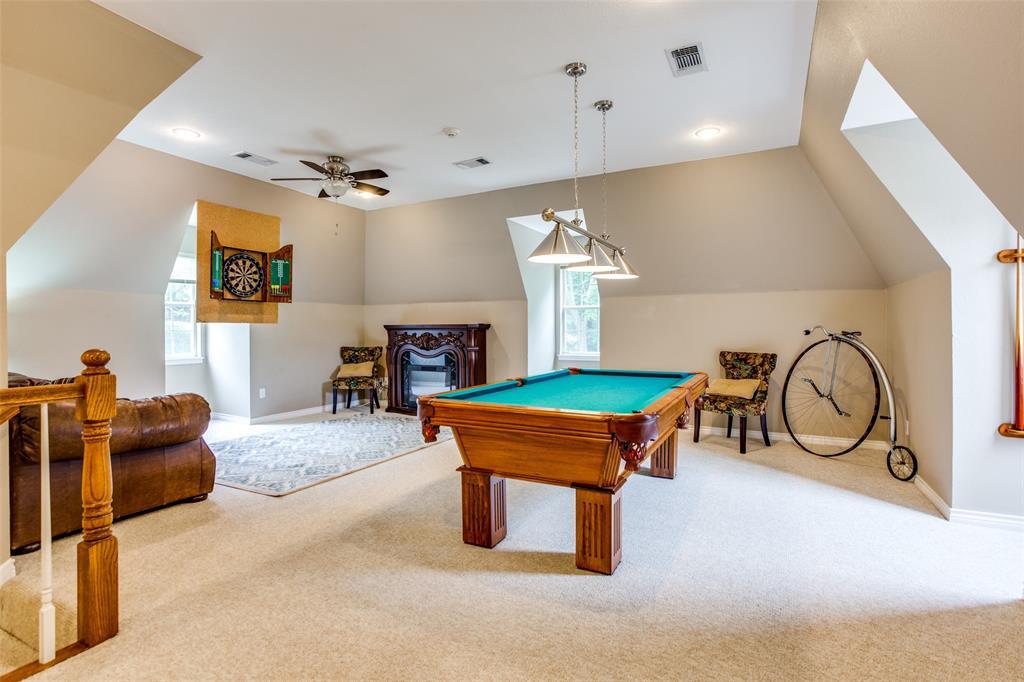 204 Laurel Creek  Drive, Sherman, Texas 75092 - acquisto real estate best realtor foreclosure real estate mike shepeherd walnut grove realtor
