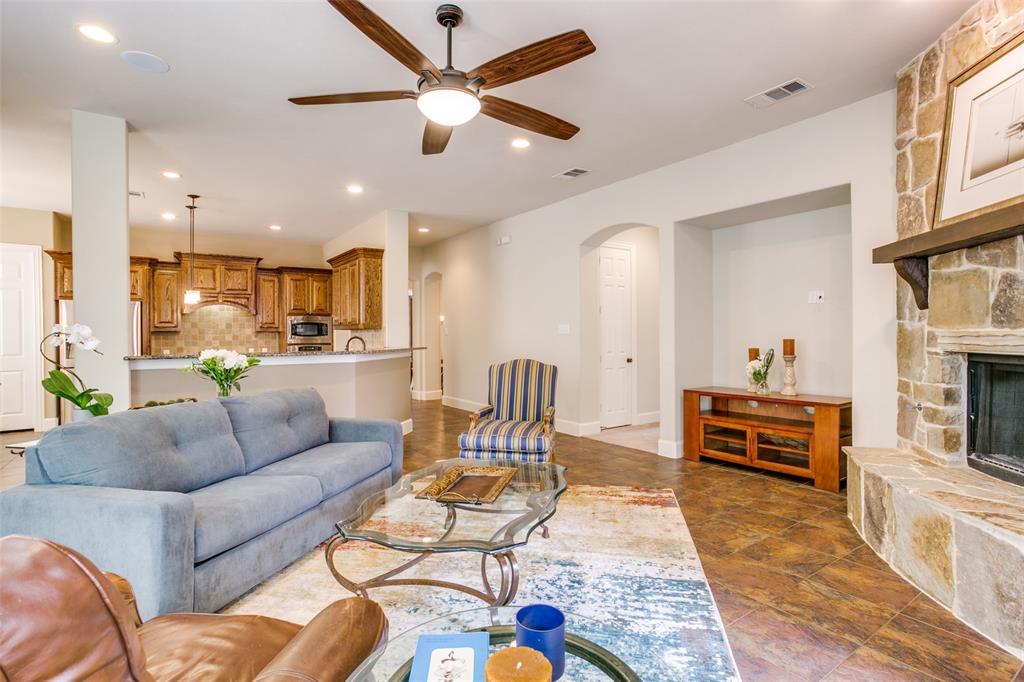1308 Foxglove  Circle, Lantana, Texas 76226 - acquisto real estate best celina realtor logan lawrence best dressed realtor
