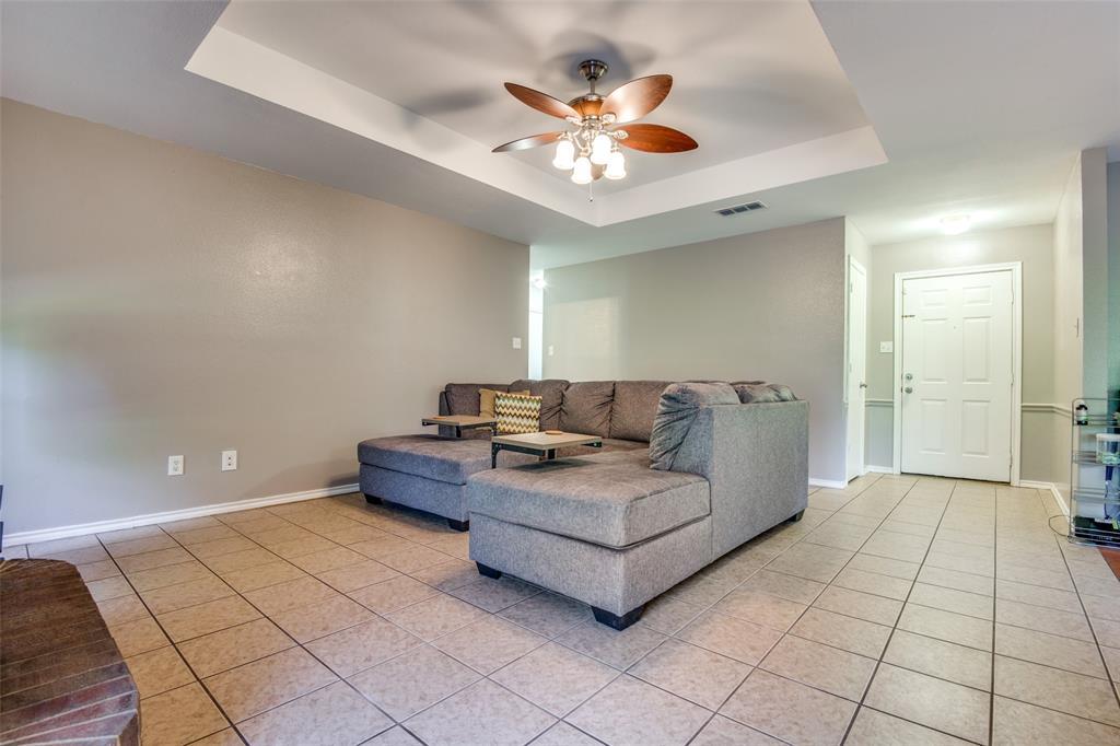 1204 Oak  Valley, Denton, Texas 76209 - acquisto real estate best the colony realtor linda miller the bridges real estate