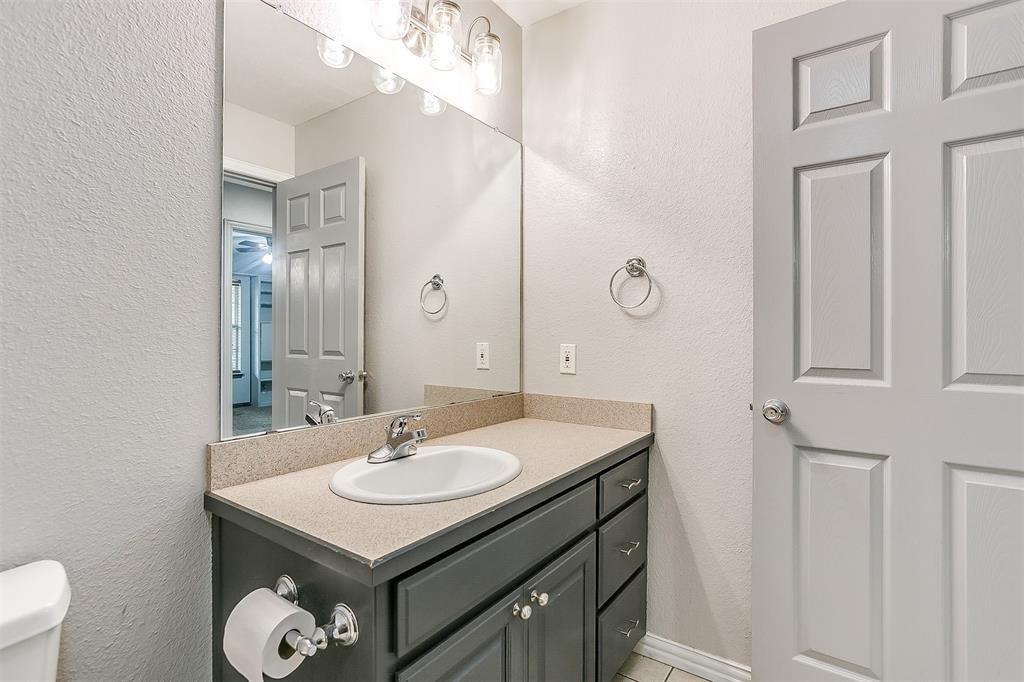 1107 6th  Street, Springtown, Texas 76082 - acquisto real estate best negotiating realtor linda miller declutter realtor