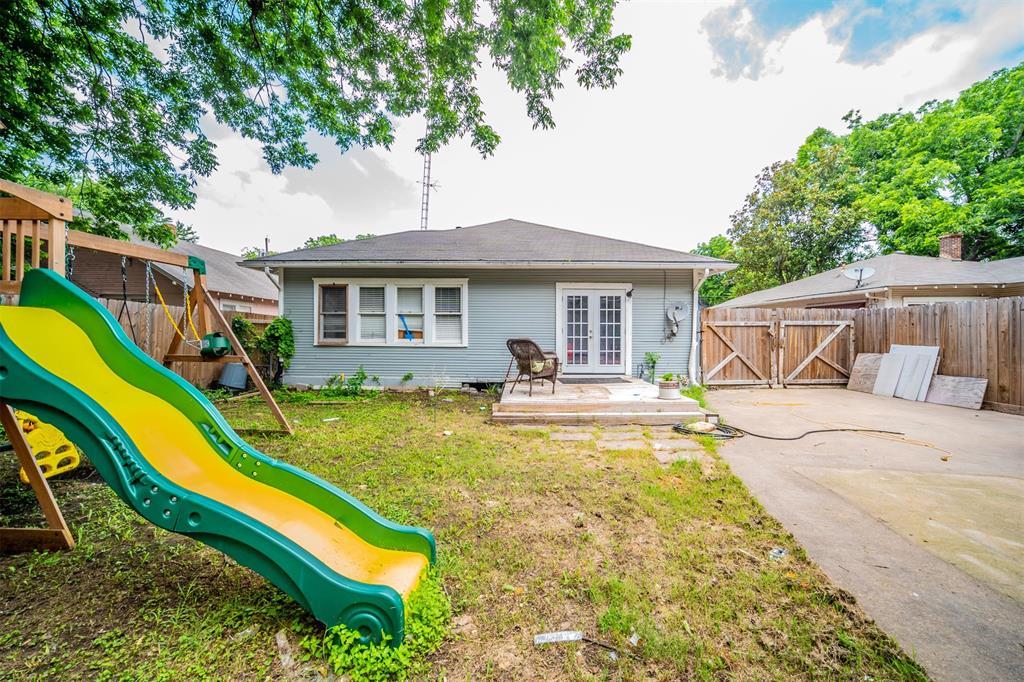 114 Scurlock  Avenue, Cleburne, Texas 76031 - acquisto real estate best photos for luxury listings amy gasperini quick sale real estate