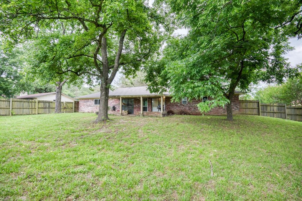 205 Helen  Drive, Lindale, Texas 75771 - acquisto real estate best prosper realtor susan cancemi windfarms realtor