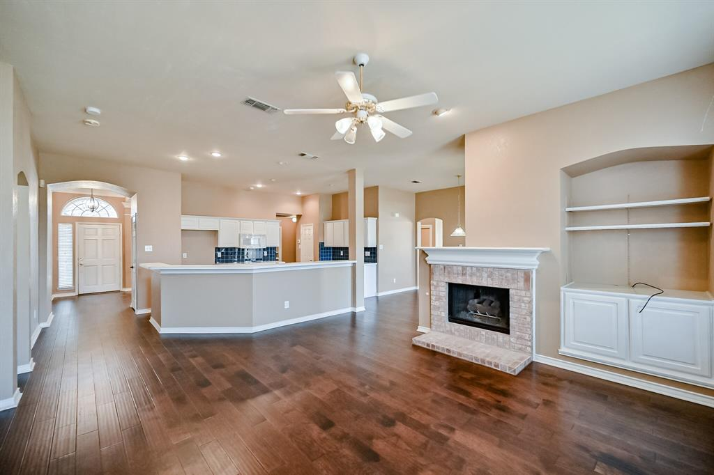 2017 Perry  Drive, Mansfield, Texas 76063 - acquisto real estate best realtor dallas texas linda miller agent for cultural buyers