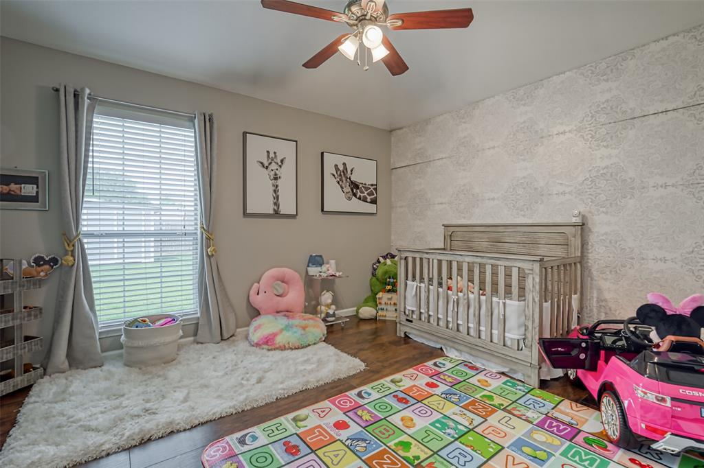 1620 Sandalwood  Drive, Grand Prairie, Texas 75052 - acquisto real estate best real estate company to work for