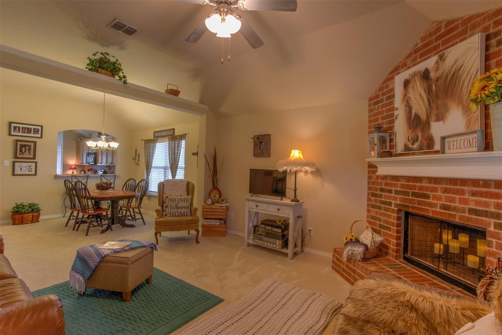 509 Kriston  Drive, Azle, Texas 76020 - acquisto real estate best luxury buyers agent in texas shana acquisto inheritance realtor