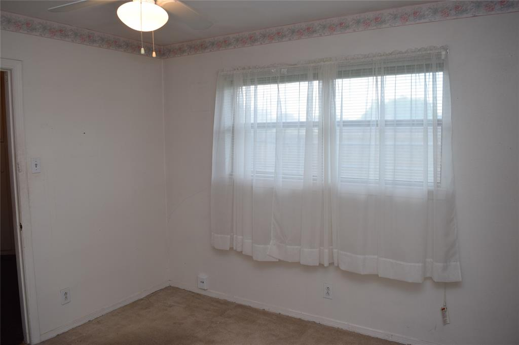 5917 Sycamore Creek  Road, Edgecliff Village, Texas 76134 - acquisto real estate best new home sales realtor linda miller executor real estate