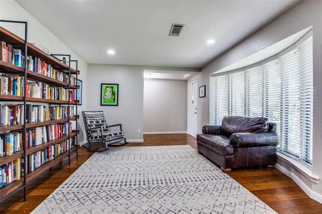 315 Woodcrest  Drive, Richardson, Texas 75080 - acquisto real estate best new home sales realtor linda miller executor real estate