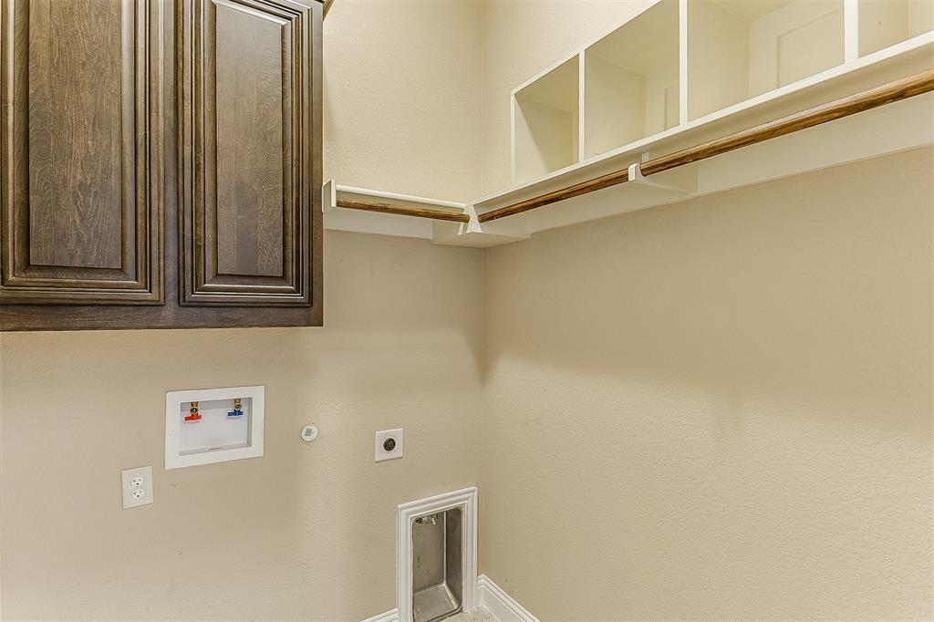 1000 Tarragon  Drive, Burleson, Texas 76028 - acquisto real estate mvp award real estate logan lawrence