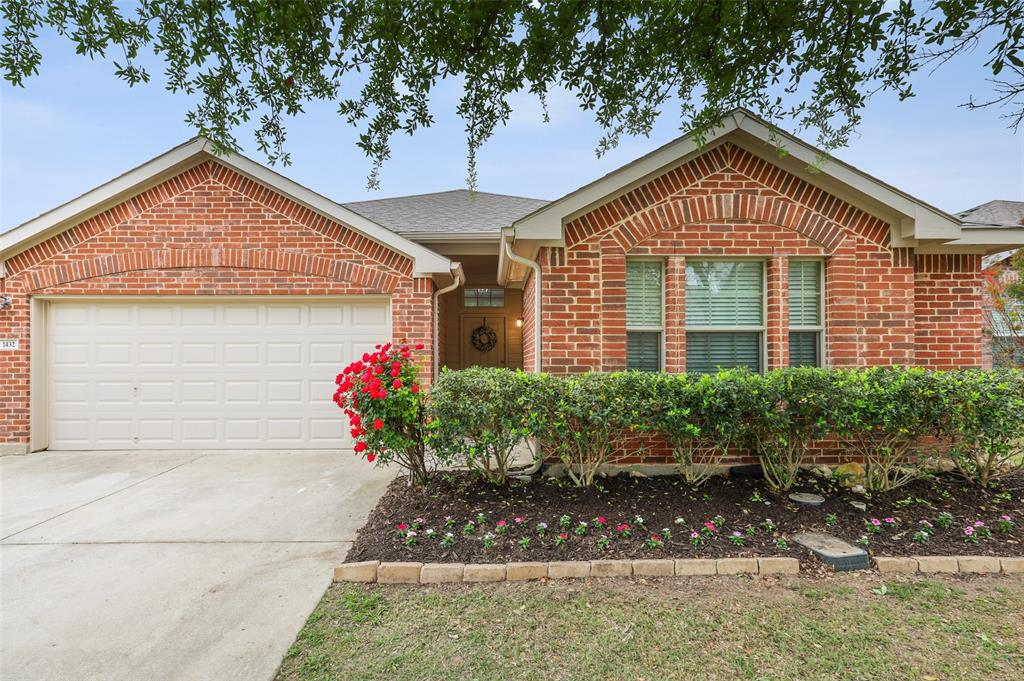1432 Castlegar  Lane, Fort Worth, Texas 76247 - acquisto real estate agent of the year mike shepherd