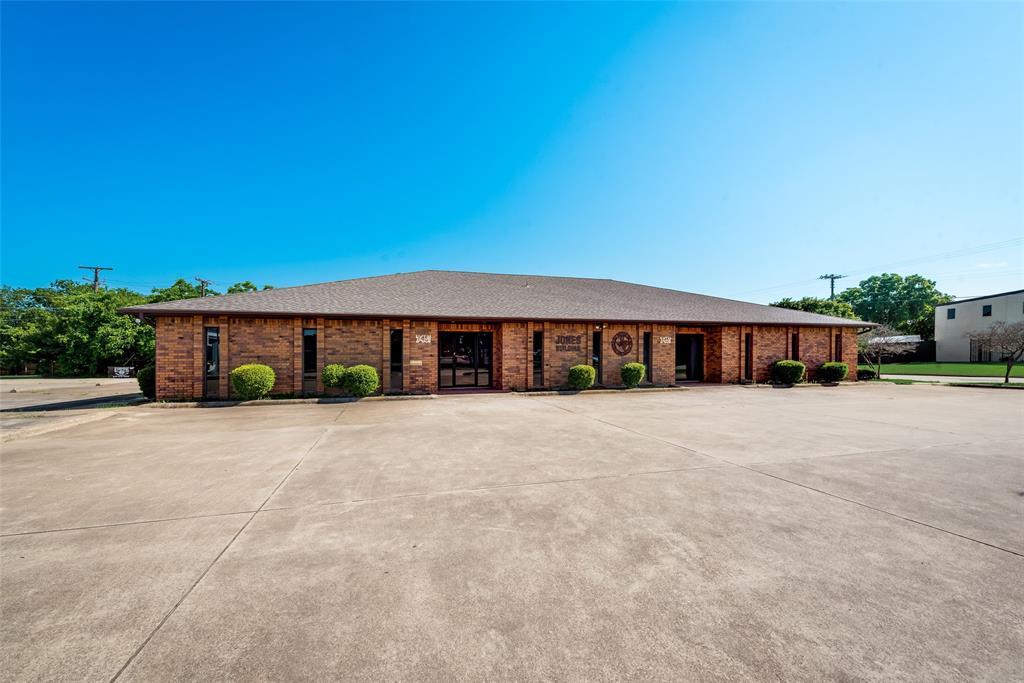 7451 Chapel  Avenue, Fort Worth, Texas 76116 - acquisto real estate best allen realtor kim miller hunters creek expert