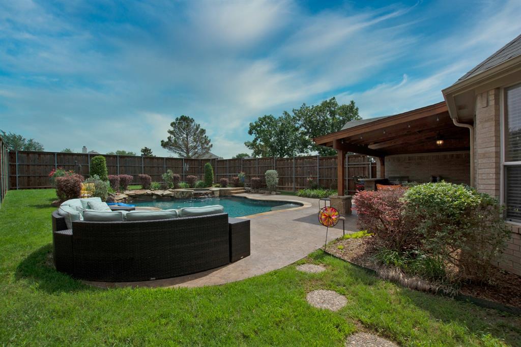 1701 Hill Creek  Drive, Garland, Texas 75043 - acquisto real estate best highland park realtor amy gasperini fast real estate service