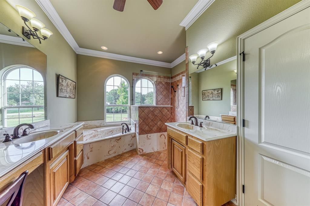 107 Chappel Hill  Court, Weatherford, Texas 76088 - acquisto real estate best listing agent in the nation shana acquisto estate realtor
