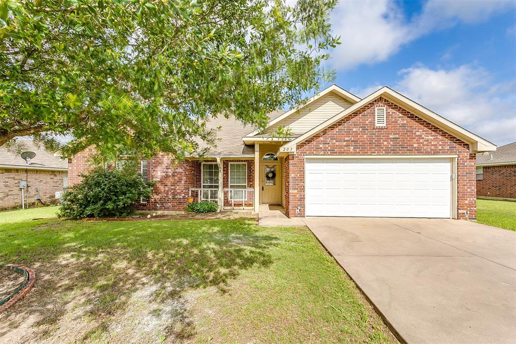 203 Seminole  Trail, Alvarado, Texas 76009 - Acquisto Real Estate best plano realtor mike Shepherd home owners association expert
