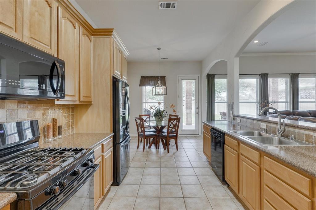 3805 Monterrey  Circle, The Colony, Texas 75056 - acquisto real estate best new home sales realtor linda miller executor real estate
