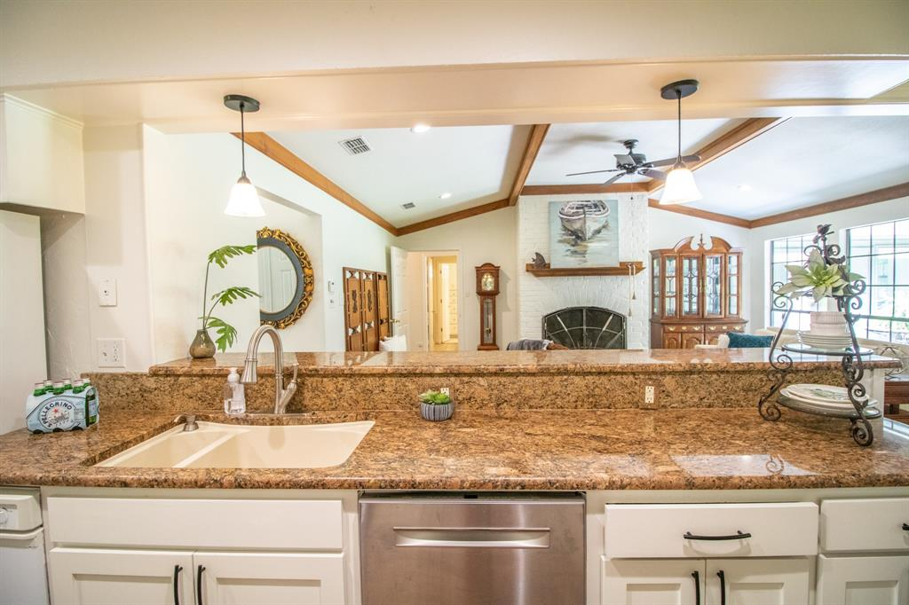 645 Hide A Way  Lane, Hideaway, Texas 75771 - acquisto real estate best photos for luxury listings amy gasperini quick sale real estate