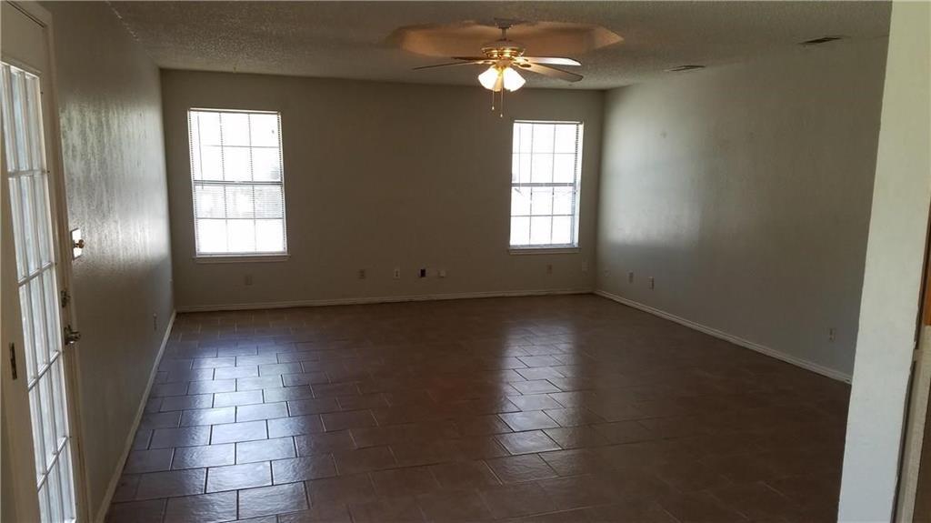 305 Lois  Street, Roanoke, Texas 76262 - acquisto real estate best celina realtor logan lawrence best dressed realtor