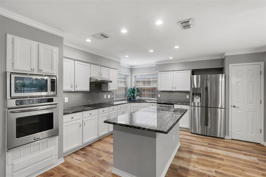 348 Clayton  Street, Grand Prairie, Texas 75052 - acquisto real estate best new home sales realtor linda miller executor real estate