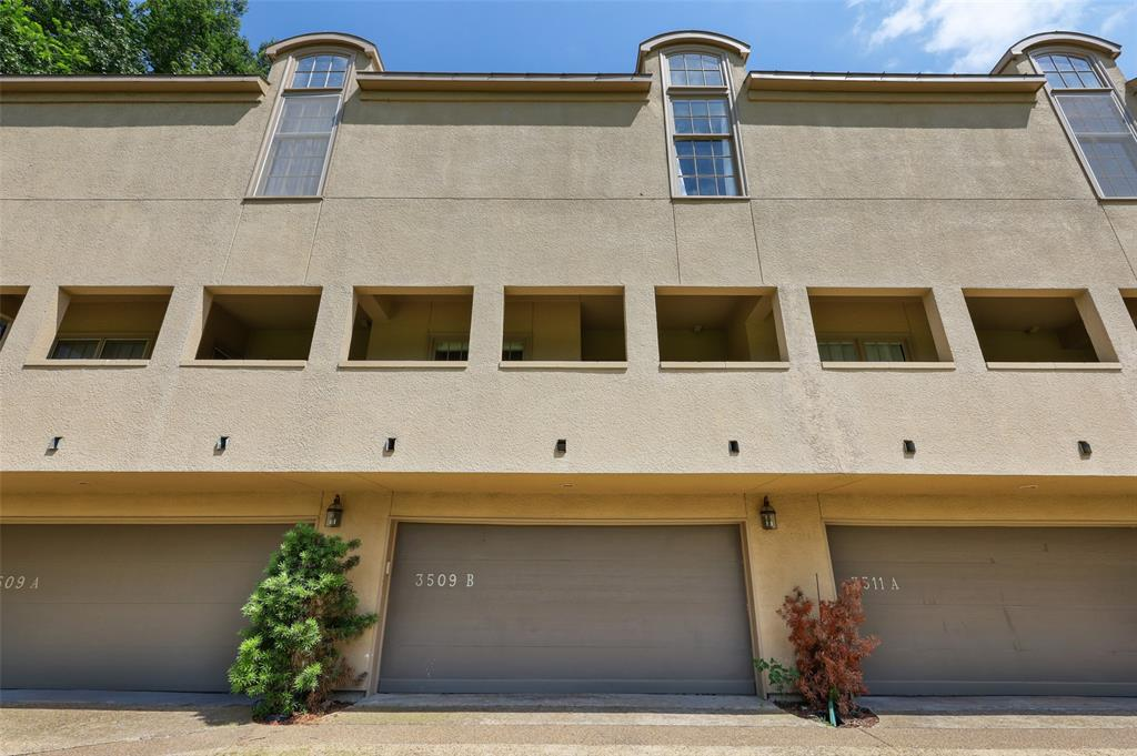 3509 Dickason  Avenue, Dallas, Texas 75219 - acquisto real estate best frisco real estate agent amy gasperini panther creek realtor