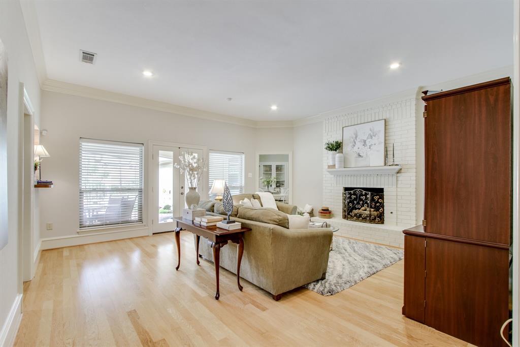 4009 Flintridge  Drive, Irving, Texas 75038 - acquisto real estate best celina realtor logan lawrence best dressed realtor