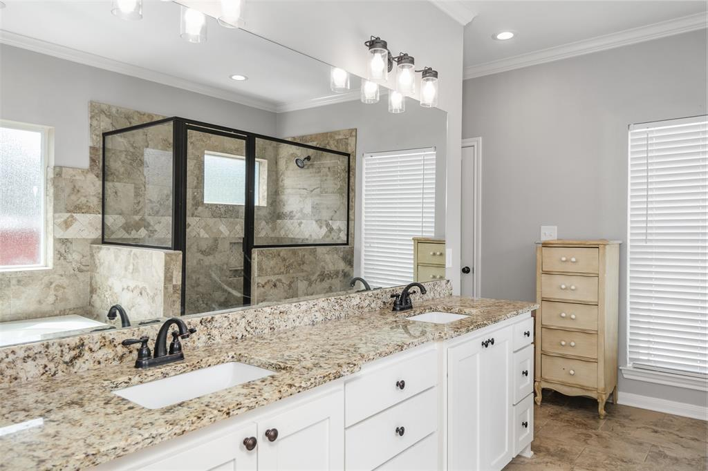 19436 Ridge Point  Circle, Lindale, Texas 75771 - acquisto real estate best frisco real estate broker in texas for high net worth buyers