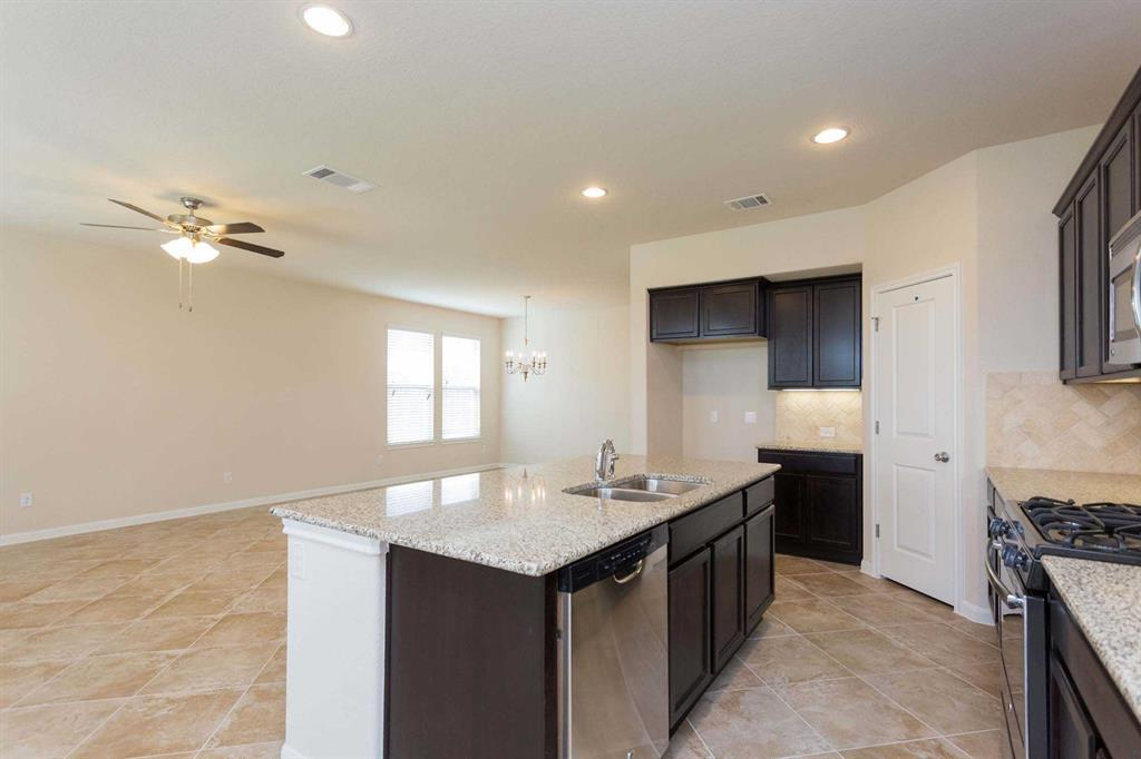 1618 Holmwood  Drive, Celina, Texas 75009 - acquisto real estate best highland park realtor amy gasperini fast real estate service