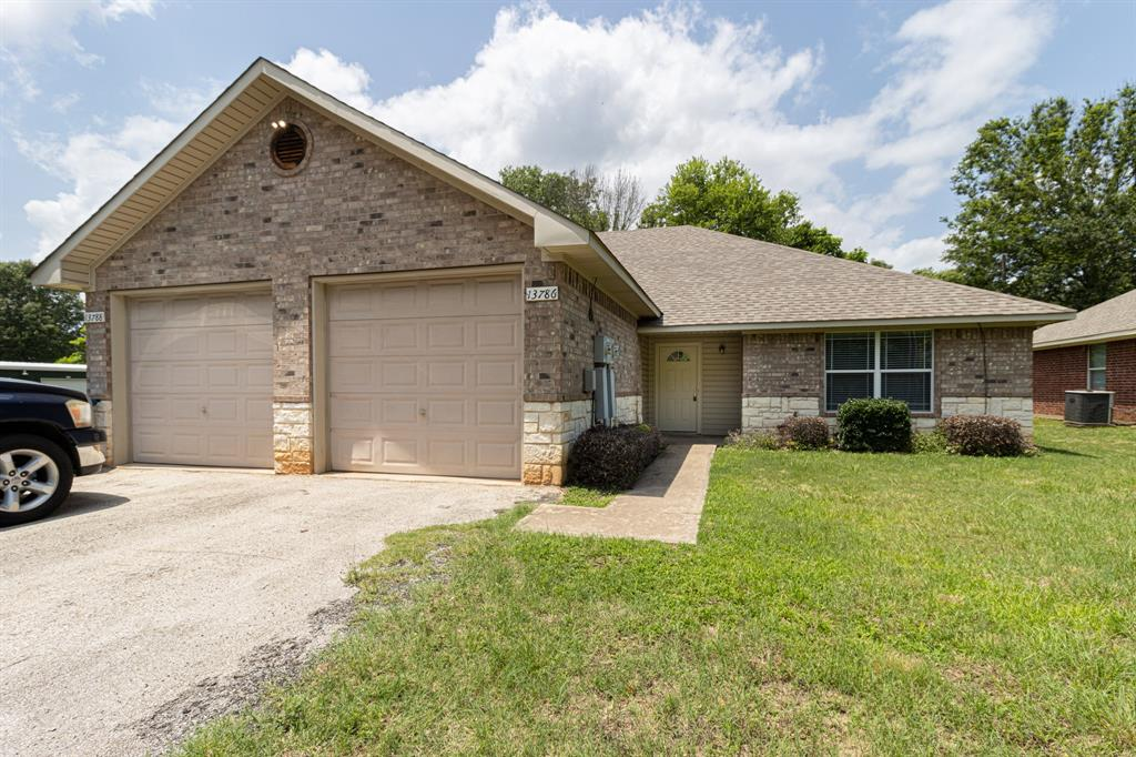 13786 County Road 4198  Lindale, Texas 75771 - Acquisto Real Estate best plano realtor mike Shepherd home owners association expert
