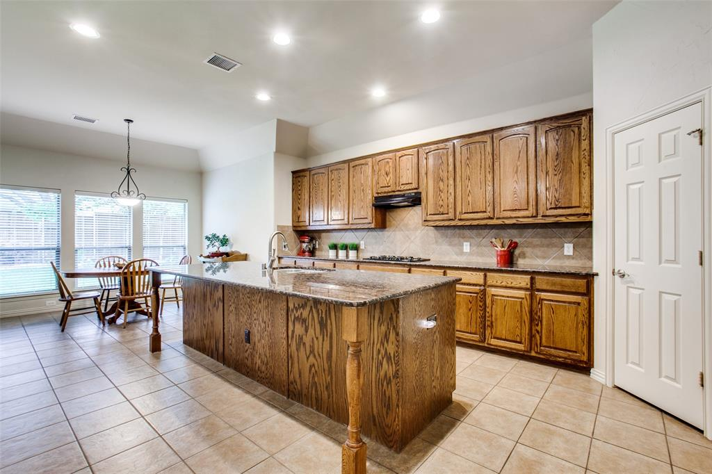 325 Greenfield  Drive, Murphy, Texas 75094 - acquisto real estate best highland park realtor amy gasperini fast real estate service