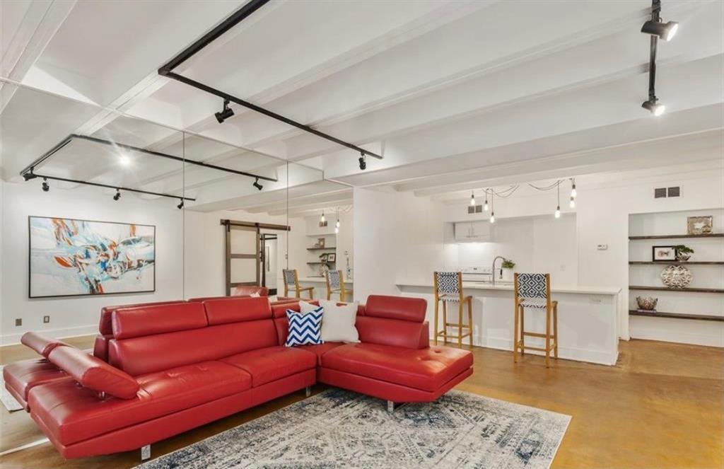 2711 Hood  Street, Dallas, Texas 75219 - acquisto real estate best the colony realtor linda miller the bridges real estate