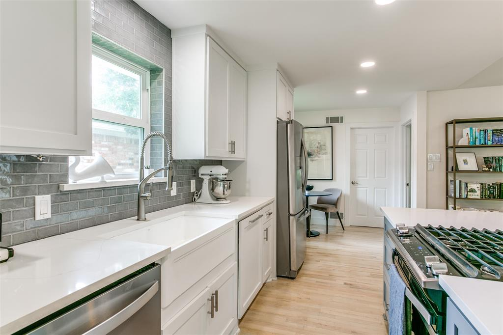 5131 Ponderosa  Way, Dallas, Texas 75227 - acquisto real estate best style realtor kim miller best real estate reviews dfw