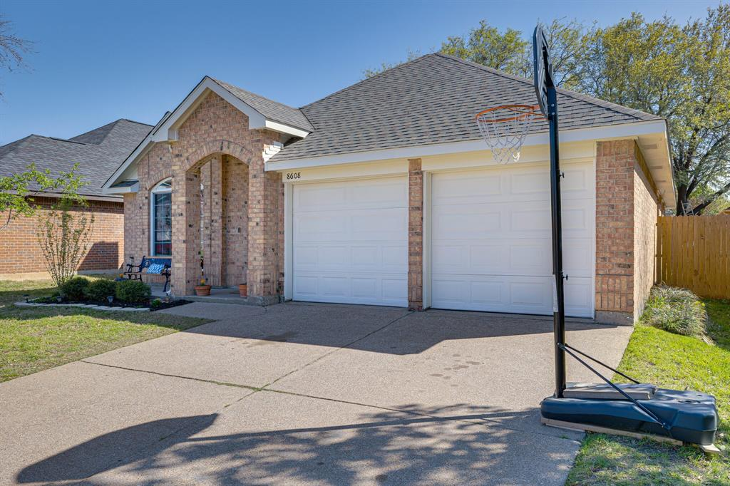 8608 Sabinas  Trail, Fort Worth, Texas 76118 - acquisto real estate best listing photos hannah ewing mckinney real estate expert