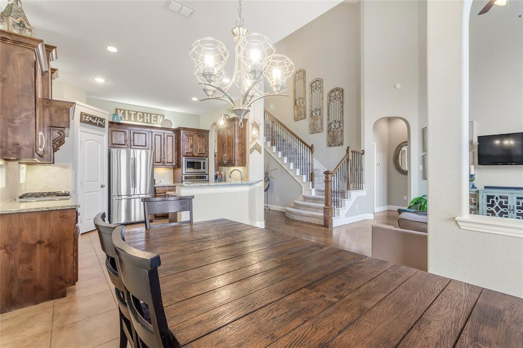 2425 Kingsgate  Drive, Little Elm, Texas 75068 - acquisto real estate best new home sales realtor linda miller executor real estate