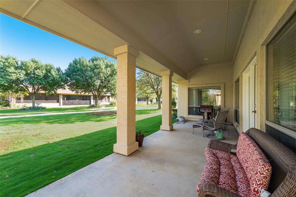 8917 Crestview  Drive, Denton, Texas 76207 - acquisto real estate best the colony realtor linda miller the bridges real estate