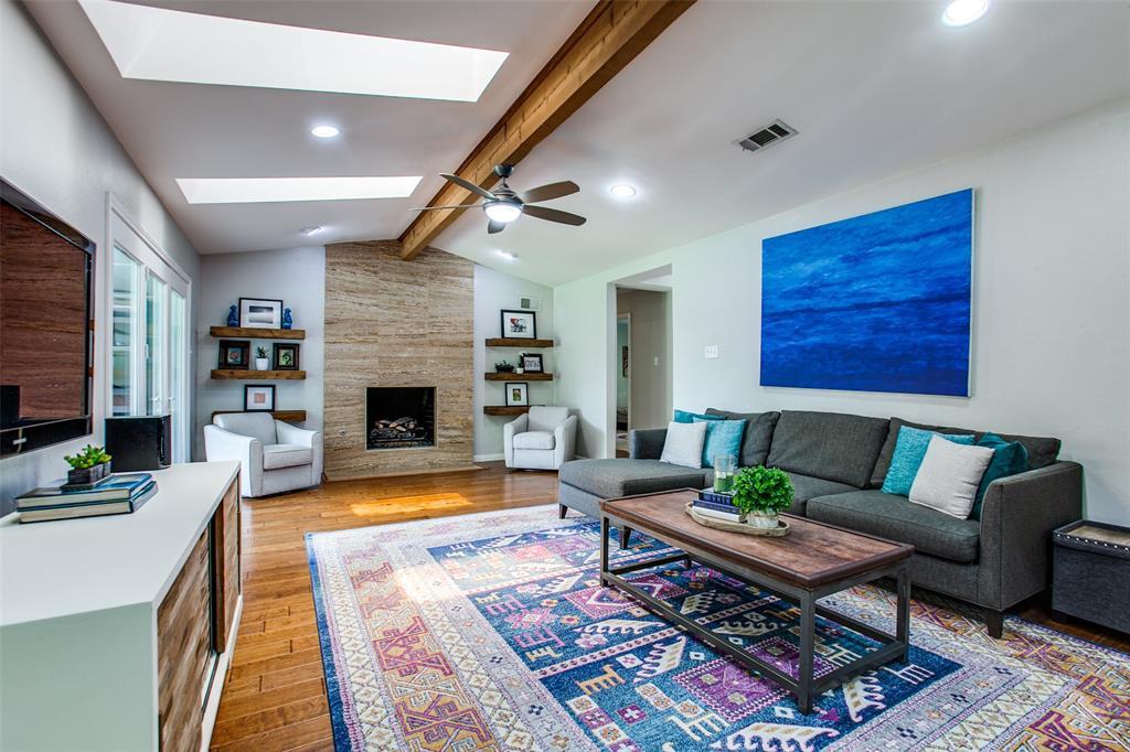 315 Woodcrest  Drive, Richardson, Texas 75080 - acquisto real estate best celina realtor logan lawrence best dressed realtor
