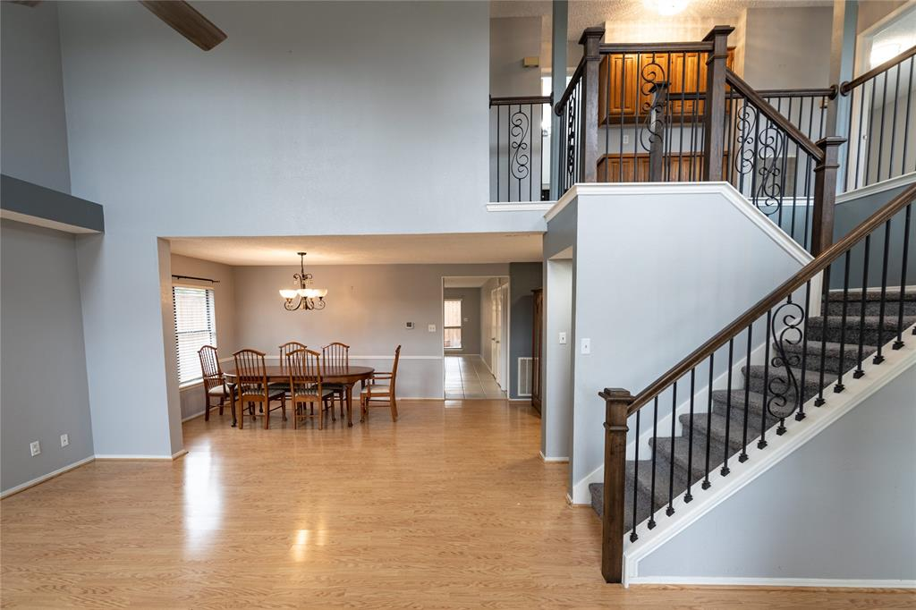 998 Acorn  Drive, Lewisville, Texas 75067 - acquisto real estate best real estate idx dilusso marketing mike acquisto