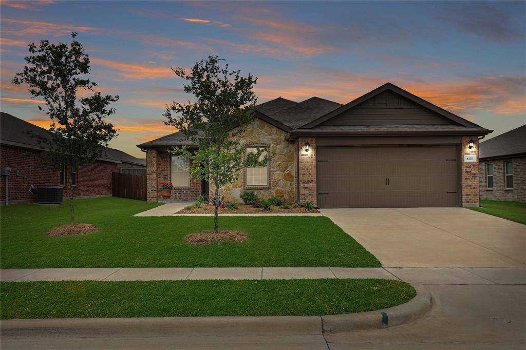 121 Woodland  Street, Anna, Texas 75409 - Acquisto Real Estate best plano realtor mike Shepherd home owners association expert