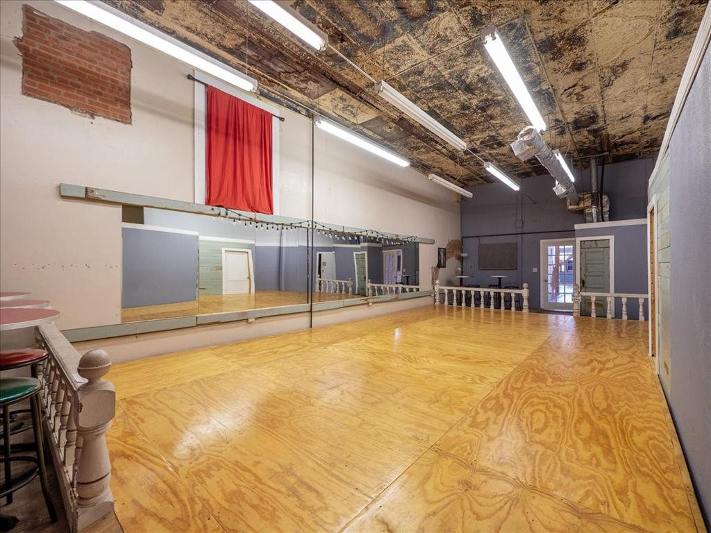 114 Beaton  Street, Corsicana, Texas 75110 - acquisto real estate best listing listing agent in texas shana acquisto rich person realtor