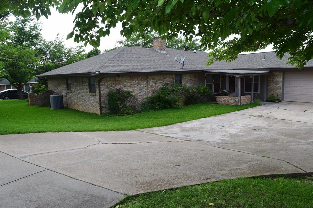5917 Sycamore Creek  Road, Edgecliff Village, Texas 76134 - acquisto real estate best allen realtor kim miller hunters creek expert