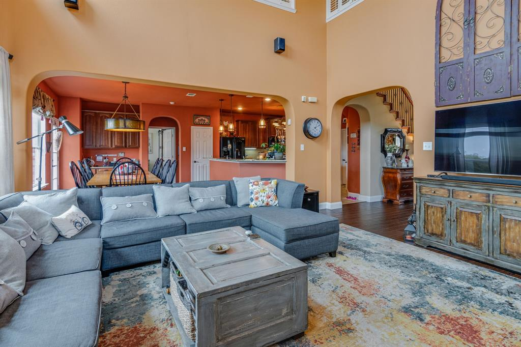 947 Yucca  Court, Burleson, Texas 76028 - acquisto real estate best listing listing agent in texas shana acquisto rich person realtor