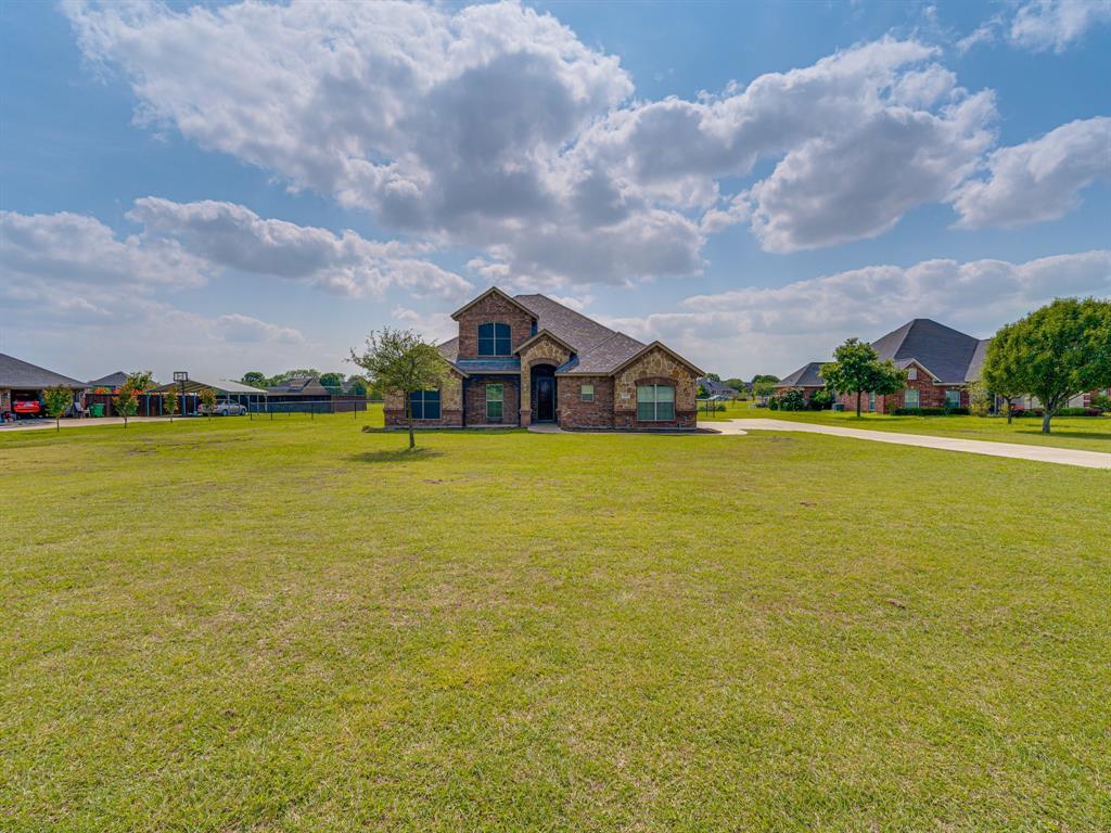 825 Broadhead  Road, Waxahachie, Texas 75165 - acquisto real estate best prosper realtor susan cancemi windfarms realtor