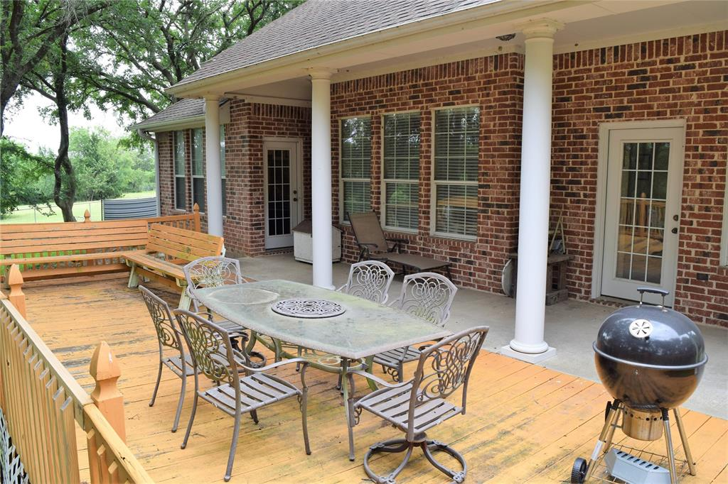 812 Fm 922  Valley View, Texas 76272 - acquisto real estate best new home sales realtor linda miller executor real estate