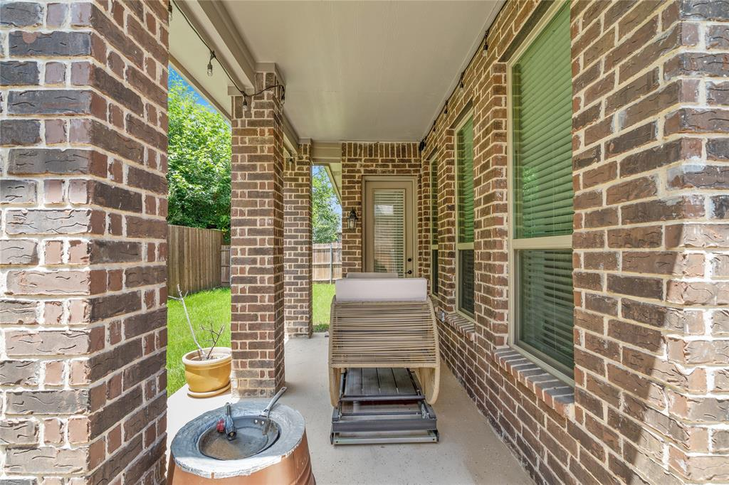 7128 Chelsea  Drive, North Richland Hills, Texas 76180 - acquisto real estate best realtor westlake susan cancemi kind realtor of the year