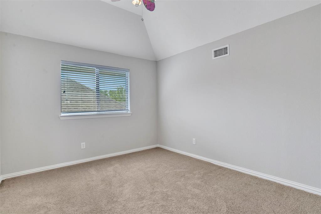 5100 Chatburn  Lane, McKinney, Texas 75070 - acquisto real estate best realtor foreclosure real estate mike shepeherd walnut grove realtor