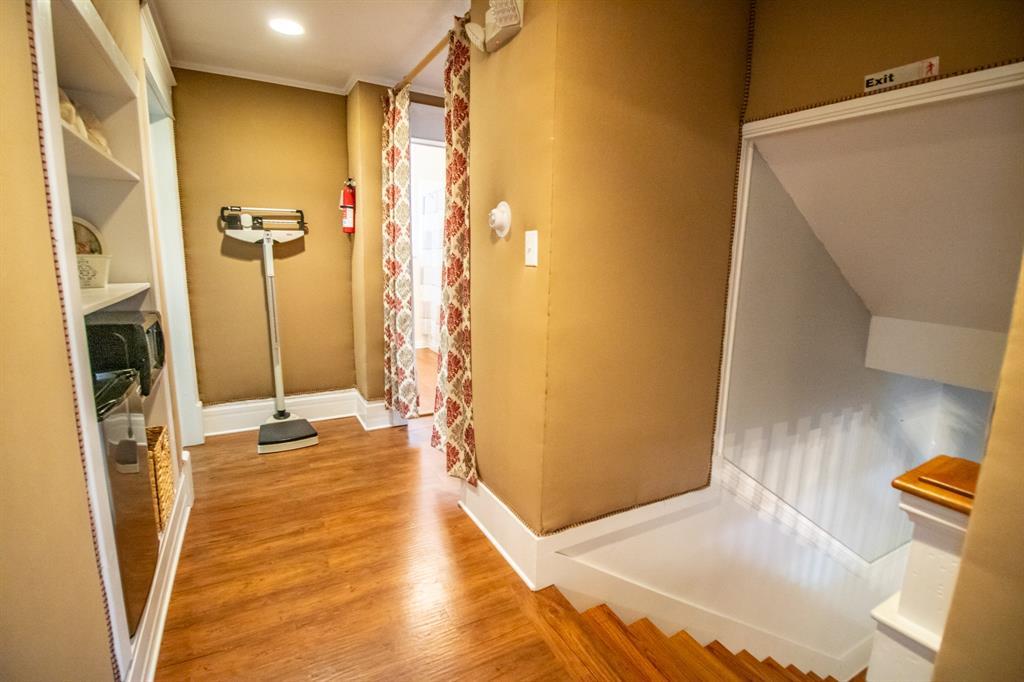 421 Bonner  Avenue, Tyler, Texas 75702 - acquisto real estate best realtor dfw jody daley liberty high school realtor