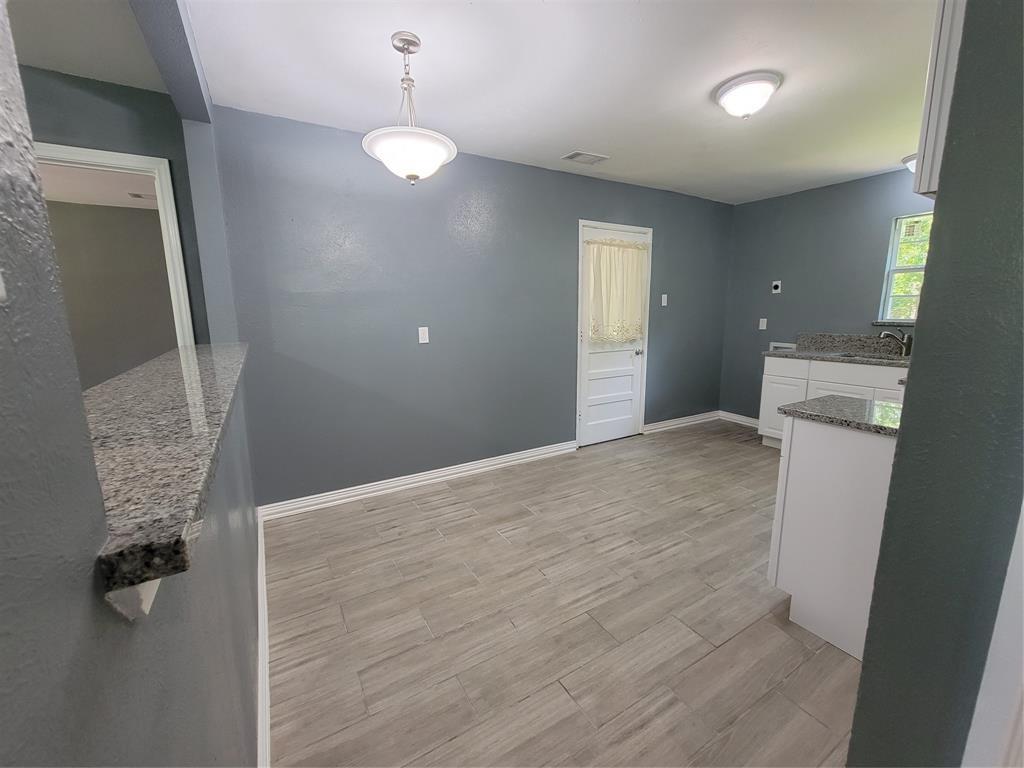 3740 Morningview  Drive, Dallas, Texas 75241 - acquisto real estate best highland park realtor amy gasperini fast real estate service